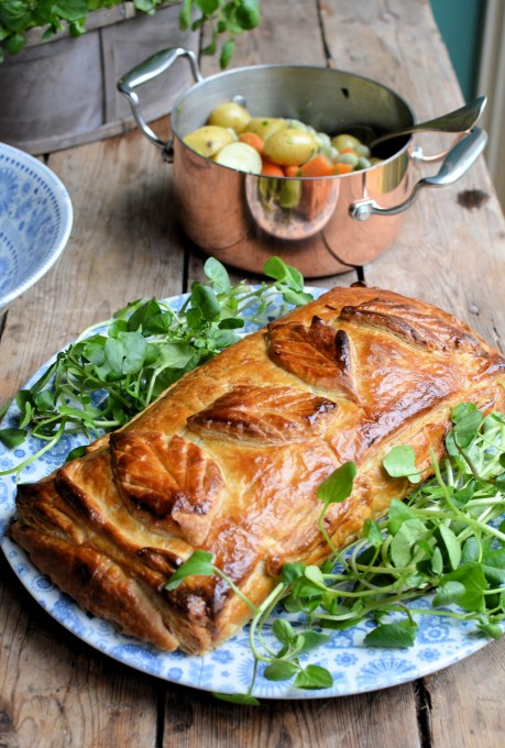 Salmon en Croute with Watercress & Spring Onions